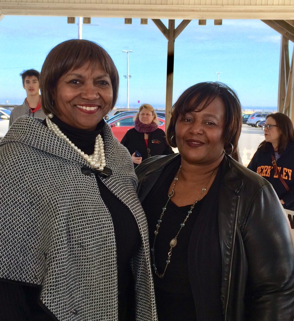 Cambridge Mayor Victoria Jackson-Stanley with Laurie Brittingham